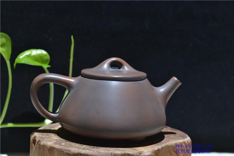 广西坭兴陶大师茶壶